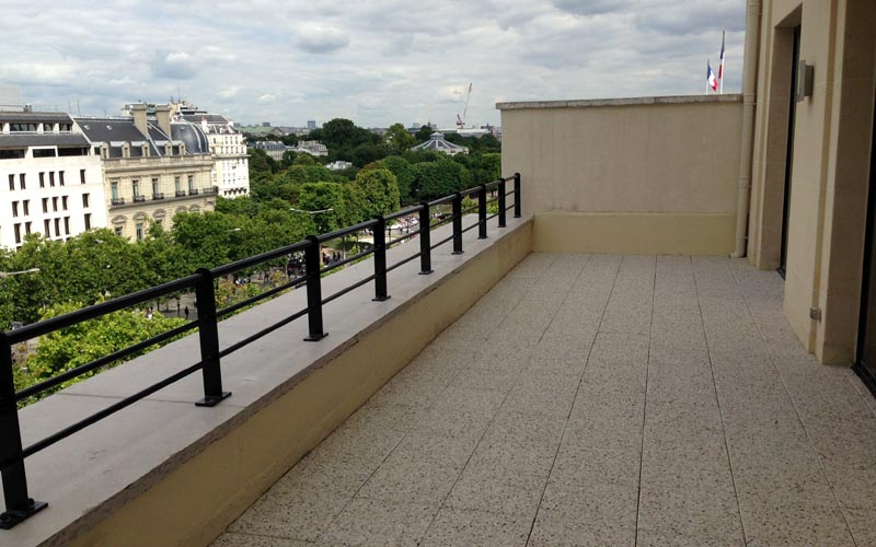 TERRASSE ACCESSIBLE DALLES SUR PLOTS